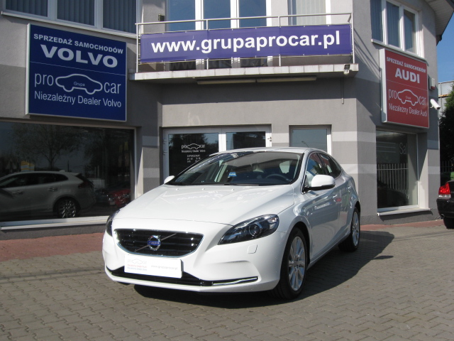 Volvo V40 - Niezależny Dealer Volvo